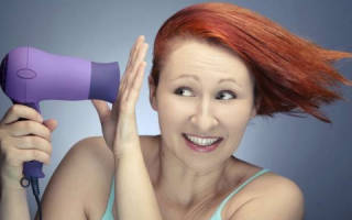 Как уложить волосы без фена и утюжка: средства для укладки каре, как сделать объем, как укладывать короткие вьющиеся локоны своими руками, что нужно делать после мытья, как сделать прическу мужчине