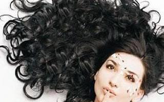 Уход за волосами после биозавивки: как правильно ухаживать, какой шампунь использовать, когда можно красить волосы, как восстановить после процедуры, как убрать биозавивку