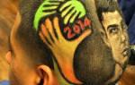 Мужские стрижки с рисунком: фото причесок с полосками, узорами на голове, висках, молния сбоку, фигурный выстриг, выбритый вид звезды, со стрелкой, как сделать линии, паутину и другие модные варианты для парней, кому подходят, звездные примеры