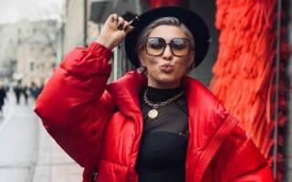 MARUV сменила сценический образ: певица выступила с длинными волосами